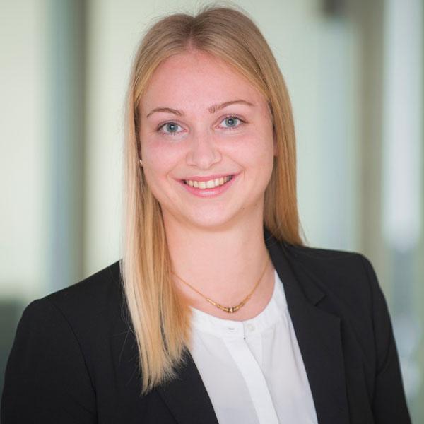 Bettina Herzog von der VPZ Vermögens Planungs Zentrum AG